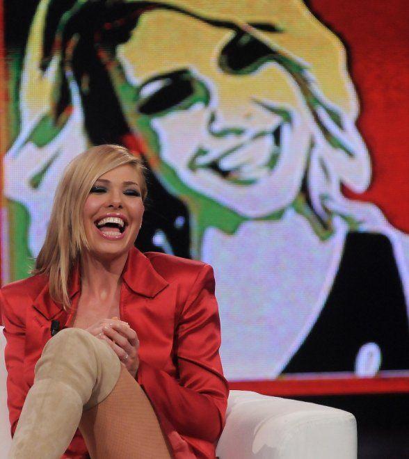 """Ilary Blasi dice addio a """"Le Iene Show"""". Dopo otto anni in prima serata, 15 partner al suo fianco in quasi 300 puntate, in occasione dell'ultimo"""