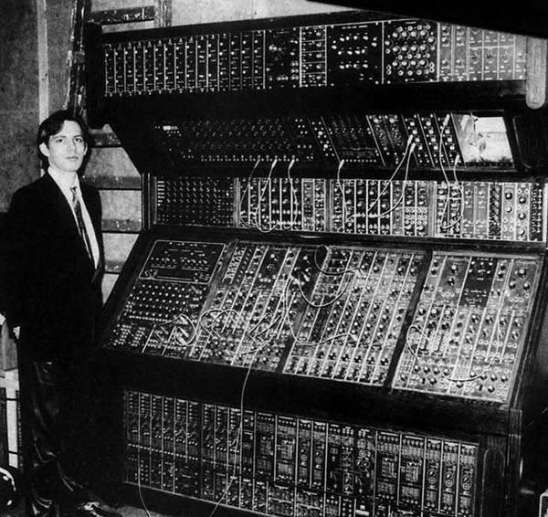 Ханс Циммер и синтезатор MOOG 70–80s