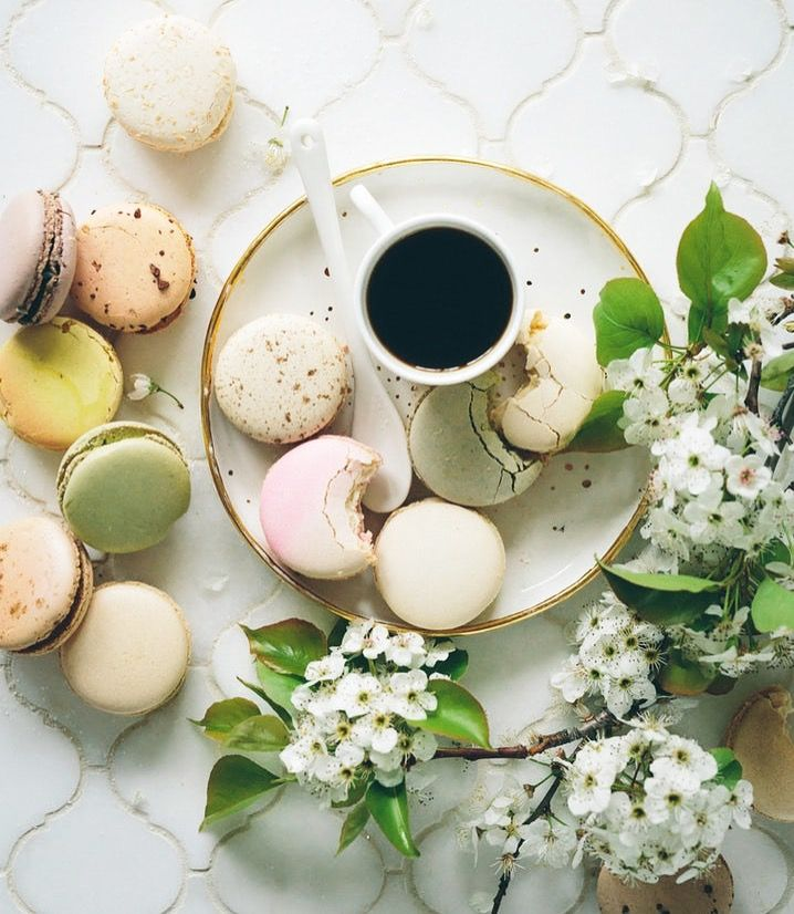 Dieting is all about balance! If you're going to have something sweet, try to pair it with a something more bland, like macaroons and black coffee!  #honeyspree #fitspo #weightloss #instafitness #fitfam #healthieroption #breakfast #healthyfood #healthy #fitness #fitnesstips #fitfood #fitnessfood #eathealthy #eatclean #organic #sugarfree #natural #organic  #savethebees #honey #bees #DIY #newzealand #manuka #manukahoney #beauty #health #photooftheday #instadaily #healthyliving