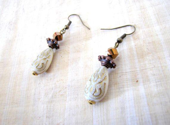Boucles d'oreilles ethniques bronze dorée par MysteriousCircuss