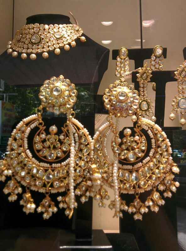Chandbali earrings, latest in Indian wedding jewelry trends #Indian #Jewellery...