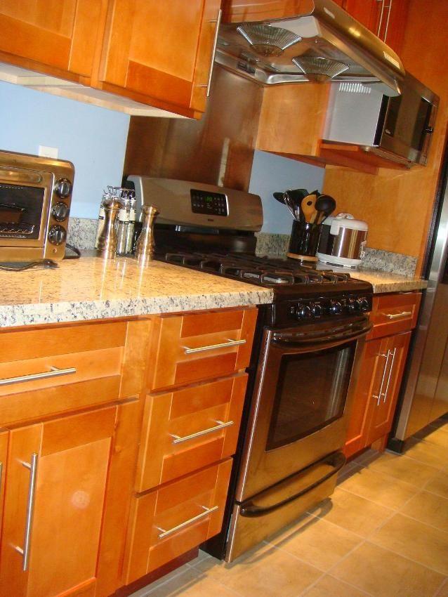 Lovely Honey Maple Kitchen Cabinets