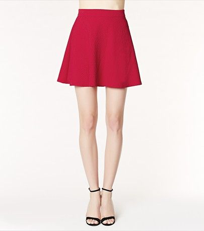 We're currently obsessed with this gorgeous red flared mini skirt!