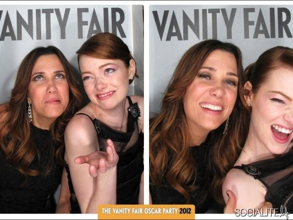 Celebs get goofy at the Vanity Fair Party http://socialitelife.com/celebs-get-smoochy-in-the-vanity-fair-oscar-party-kissing-booth-photos-03-2012: Girls Crushes, Vanities Fair, Vanity Fair, Kristen Wiig, Oscars Parties, Fair Oscars, Photo Booths, Photo Shoots, Emma Stones