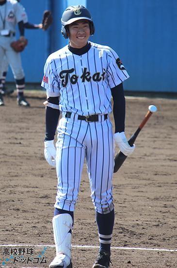勝俣 翔貴 (東海大菅生) また投打のプレー写真、制服姿、オフショット含めて83枚のギャラリーも注目。 http://www.hb-nippon.com/player/6097/gallery/photo/7… #高校野球 #選抜