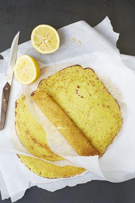 Turmeric and Lemon Pancakes from http://honestlyhealthyfood.com/2015/02/15/turmeric-lemon-pancakes/