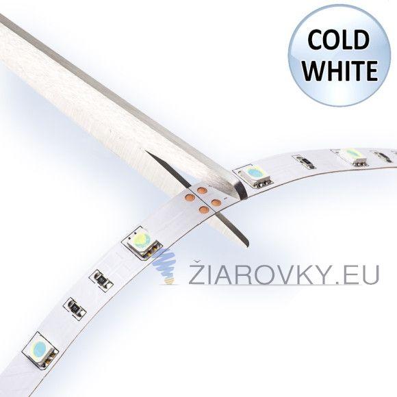 Jednofarebný LED pás, SMD 3528, IP20, 120 led/meter, studená biela, je samolepiaci ohybný LED pás v dĺžke ktorej si sami nastavíte. Používa sa ako moderné a designové osvetlenie do interiérov áut, domácností, reštaurácii, barov, osvetlenie reklám, výkladov obchodov, políc, skríň, obrazov a pod. Každý meter LED pásu obsahuje 120 led diód a vyžaruje biele svetlo. Na spodnej strane led pásu je obojstranná samolepiaca páska pre jednoduchú montáž. Pásik je možné deliť podľa svojich požiadaviek.