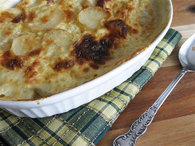 Traditional Scalloped Potatoes (no cheese)