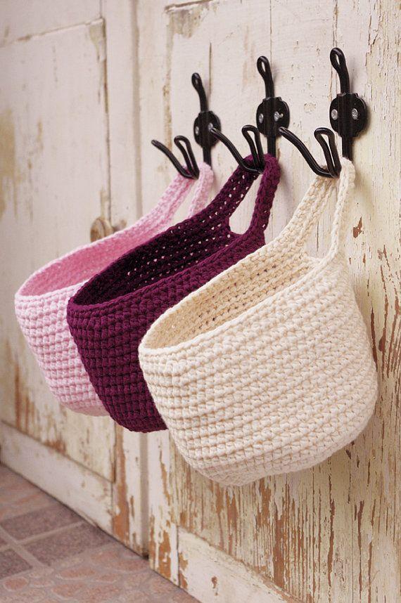 pequeño colgante crochet canasta puerta perilla por simplihomedecor