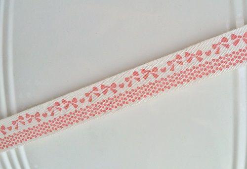 Cinta de regalo. Algodón natural, con lazos rosas www.gramajeshop.com