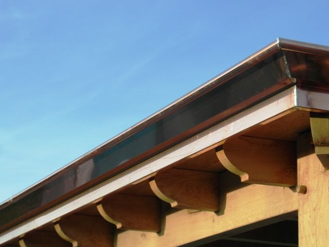 Koperen afwerking dak