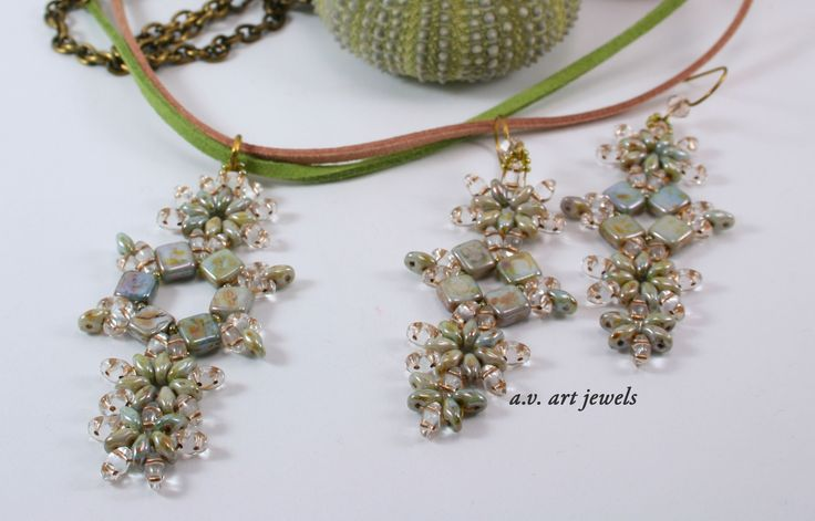 "parure ""luster green"""