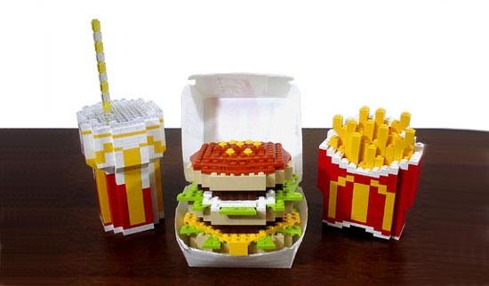 McDonald's meal re-created in LEGO worldBigmac, Funny, Lego Creations, Mcdonalds, Lego Food, Fast Food, Mac Lego, Lego Big, Big Mac