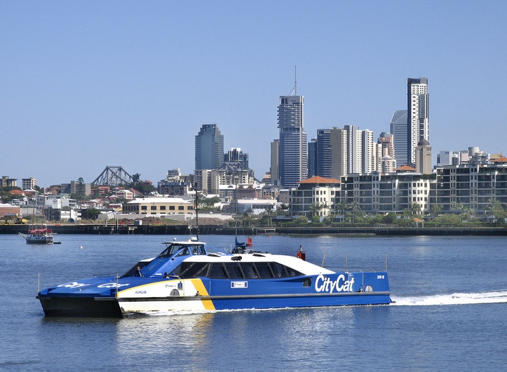A lovely shot of the brisbane citycat!