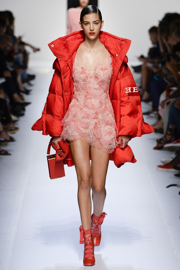 Ermanno Scervino Spring 2018 Ready-to-Wear Fashion Show Collection
