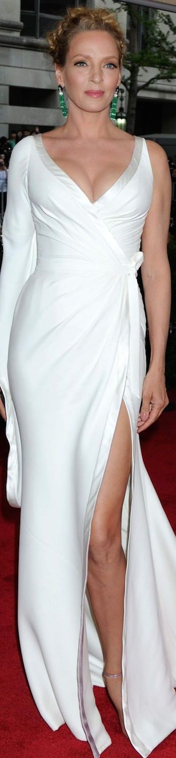 Uma Thurman in Atelier Versace, Met Gala 2015 | House of Beccaria~