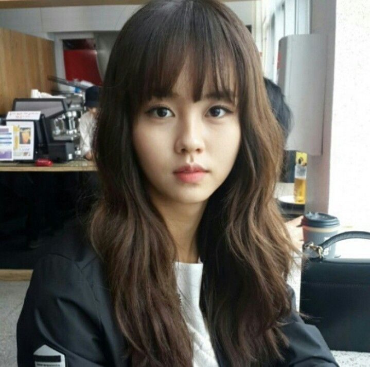 This is Kim So Hyun 김소현 힙니다 She is very lovely Korean actress.  She is very young at the age 16. She played the role of Lee So Yeon 이소 in I miss you Drama and Lee Eun Be/ Go Eun Byul 이은 비 /고은별 in who are you school 2o15. Known also school season 6
