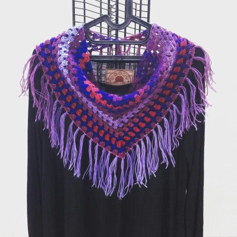 Tringle crochet shawl