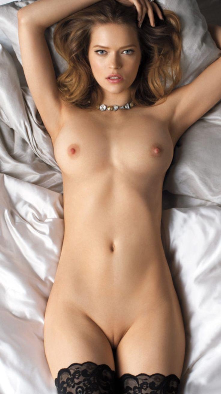 Beautiful naked girls