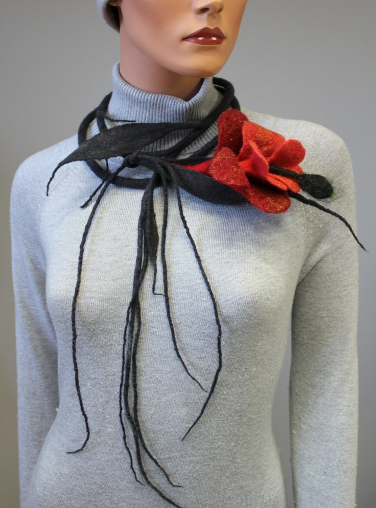 Necklace | Regina Doseth. Merino felted wool.