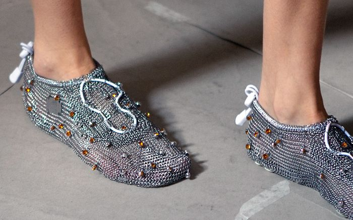 """""""Natural Running"""" with Paleos®ULTRA Chainmail Shoes on the Cat Walk at London Fashion Week 2014. A great collection by #palmerharding with eye catching """"shoes""""! #chainmailshoes #paleos #chainmailshoes #barefoot #barefootrunning #naturalrunning #shoes #barefootshoe #minimalist #minimalshoe #minimalistshoe #outdoor #outdoorgear #health #style #lifestyle #design #fashion #future"""