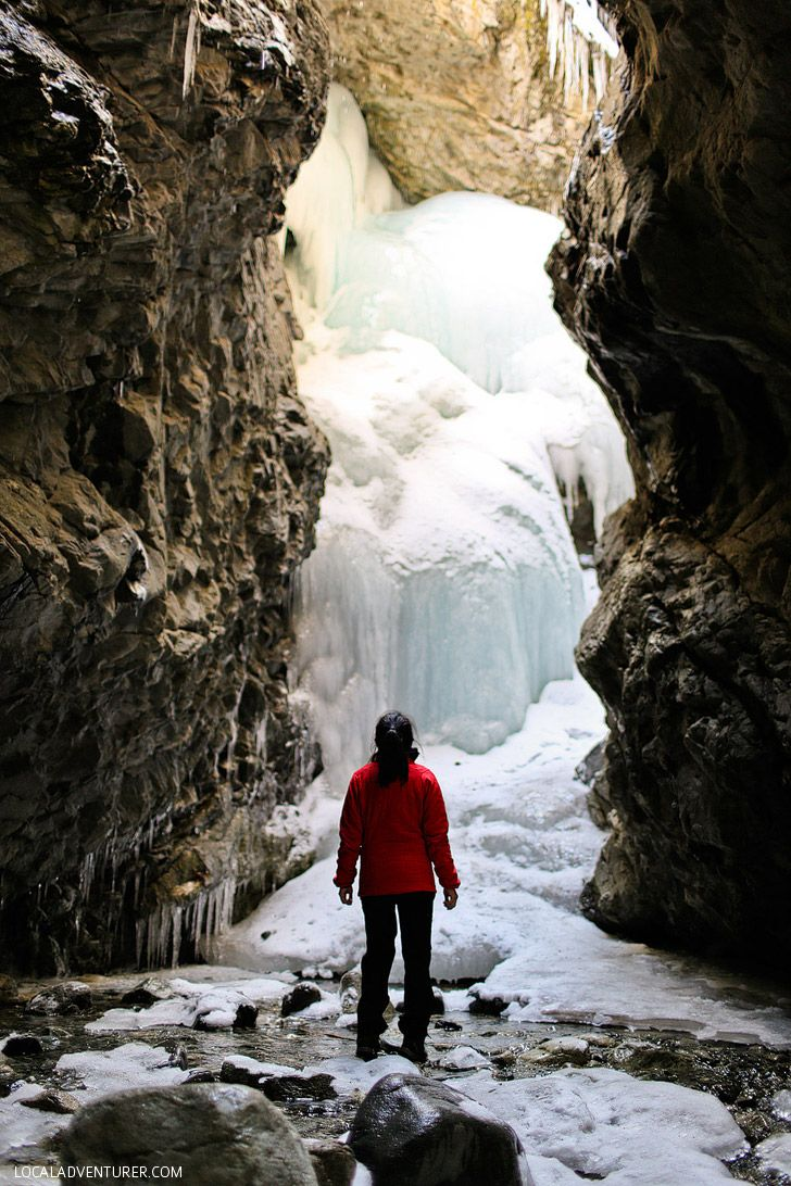 Zapata Falls Hike - popular hike right outside of Great Sand Dunes National Park. In the summer you have to wade through water to get to the waterfall. In the winter, it's frozen over // localadventurer.com