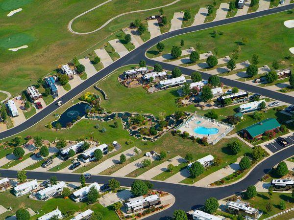 Ozarks Luxury Rv Resort On Table Rock Lake Near Branson Mo Luxury Rv Resorts Resort Travel Trailer Camping