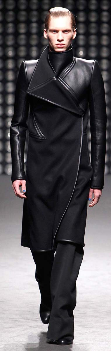 HnaS I completely admit that I'm pinning this because Adam owns it stop judging me by Gareth Pugh