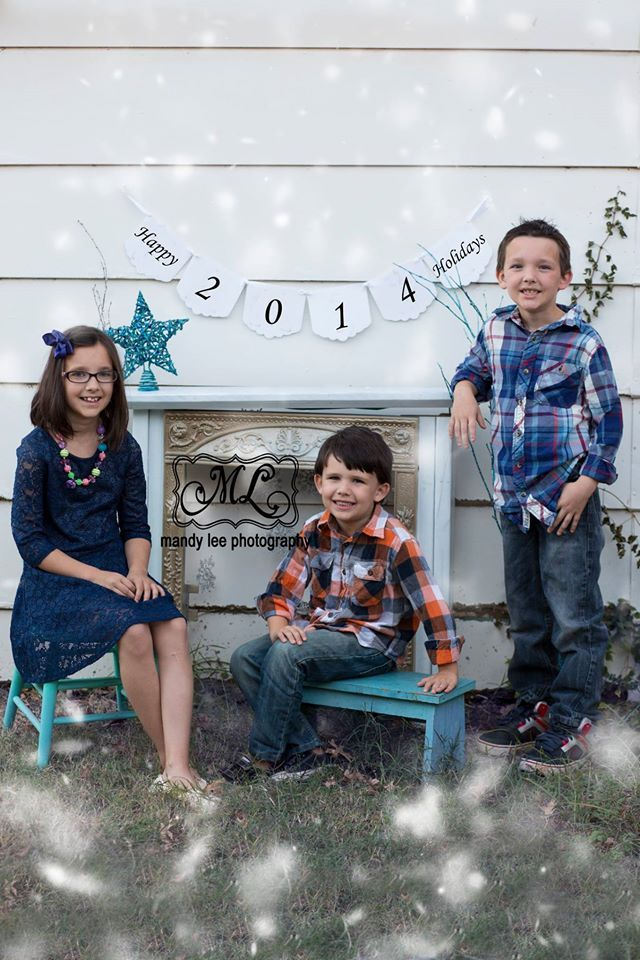 On location Siblings Christmas photography session with Mandy Lee Photography with a fireplace mantel! https://www.facebook.com/pages/Mandy-Lee-Photography/113937515377935