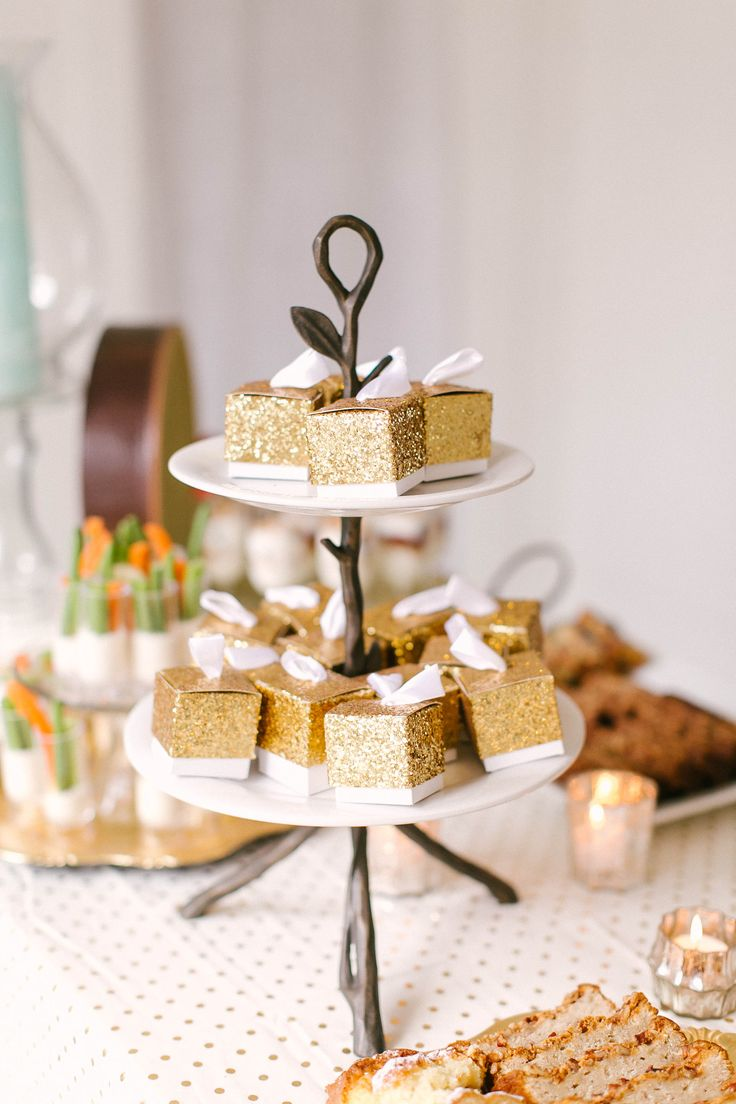 203 best fall wedding favors images on pinterest wedding ideas wedding favor boxes all that glitters gold glitter favor box are the right size junglespirit Image collections