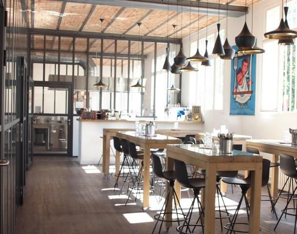 Kitchen Studio Cooking Club, Paris: Class Spaces, Paris Trips, Shopper Diaries, Cafe, Parisians Loft, Diaries Kitchens, Bistros Loft, Kitchens Studios, Birthday Trips