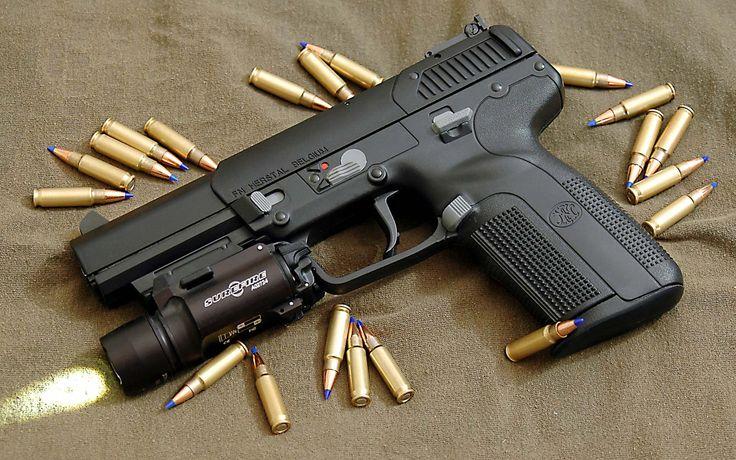 FN Herstal Five-seveN, calibre 5.7 x 28