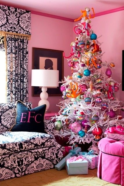 love the curtains!: Christmastre, White Christmas Trees, Christmas Decoration, Pink Christmas, Color, Socks Monkey, Decoration Idea, White Trees, Girls Rooms