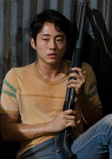 Glenn (Steven Yeun) - Walking Dead - Season 2, Episode 9