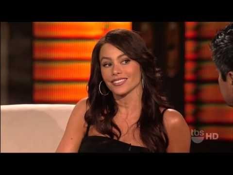 COLUMBIAN ACCENT SofiaVergara was born in Barranquilla, Colombia▶ Sofia Vergara Interview on Lopez Tonight - YouTube