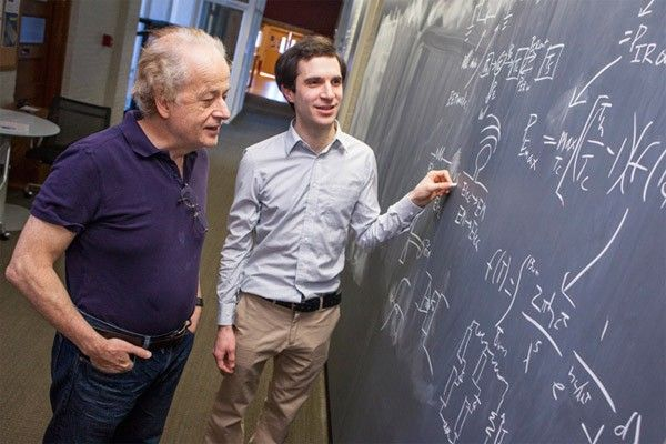 #Panneau solaire http://www.solaire-infos.com/blog-photovoltaique/des-panneaux-photovoltaique-qui-vont-fonctionner-la-nuit.html Des panneaux photovoltaique qui vont bientôt fonctionner la nuitUne équipe de chercheur de Harvard est en train...
