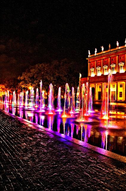 70 Coloured Fountains_Reggio Emilia, Italy