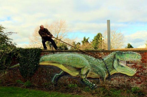 The Funny Street Art of Luke Hollingworth