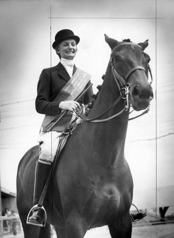 1961 - Mrs Ross Field, riding Noble Archer, winner The Garryowen Equestrienne Turnout