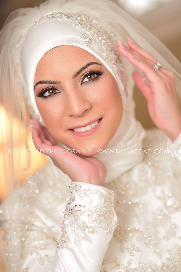 Muslim Beautiful Bridal Makeup : 17 Best images about Muslim Brides on Pinterest Veils ...