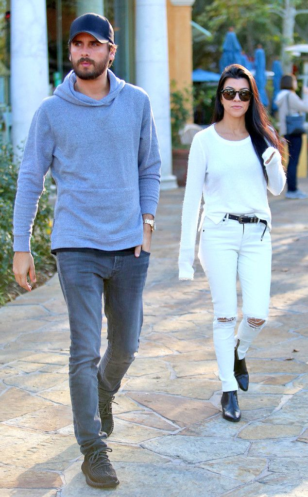 Kourtney Kardashian and Scott Disick Reunite for Lunch in Calabasas Without the Kids Kourtney Kardashian, Scott Disick