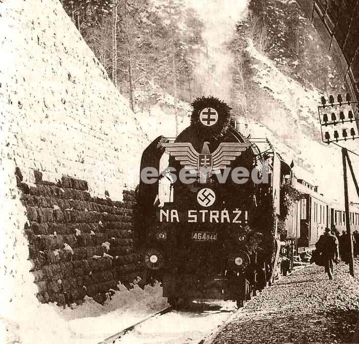 Opening-of-a-new-railroad-in-Slovakia_nazi-soldier.jpg (700×670)