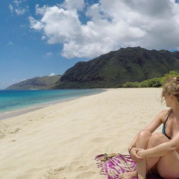#humpday #happyplace #hawaii #beach #solitude #ocean #takeusback #coupletravel #aworldwithyou #travelbloggers #beautifuldestinations #beachlife #beachlovers #paradise