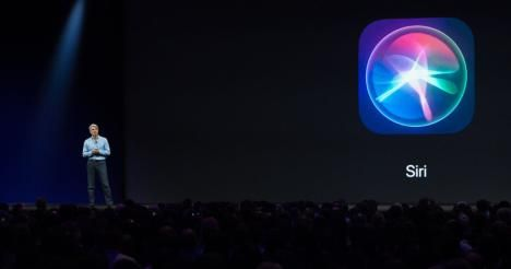 Apple's OS chief is taking over Siri from Eddy Cue