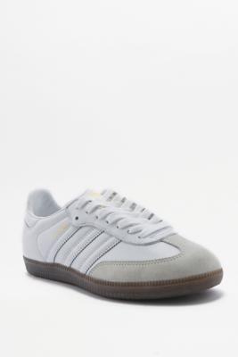 adidas Originals - Baskets Samba blanc cassé | Urban Outfitters