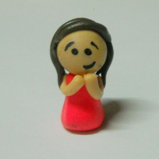 How to make polymer clay mini people via @Guidecentral - Visit www.guidecentr.al for more #DIY #tutorials