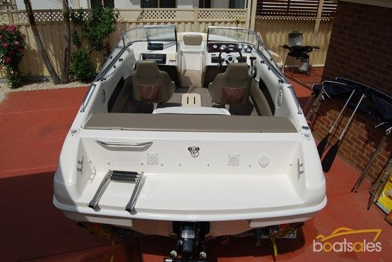 2005 Whittley CLEARWATER 1800 BOWRIDER
