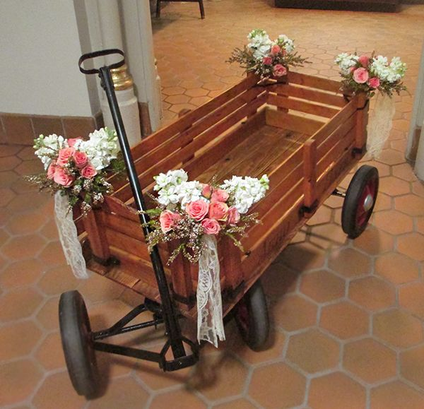 Ring Bearer's Wagon with Mini Rose and Stock Floral Tufts