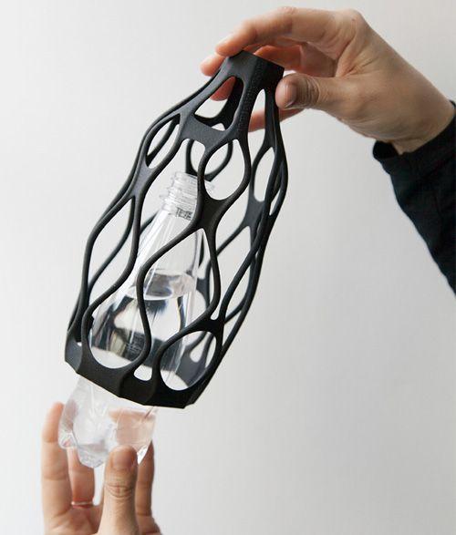Larevuedudesign-design-libero-rutilo-vase-3d-impression-ecologie-bouteille-claudio-morelli-06