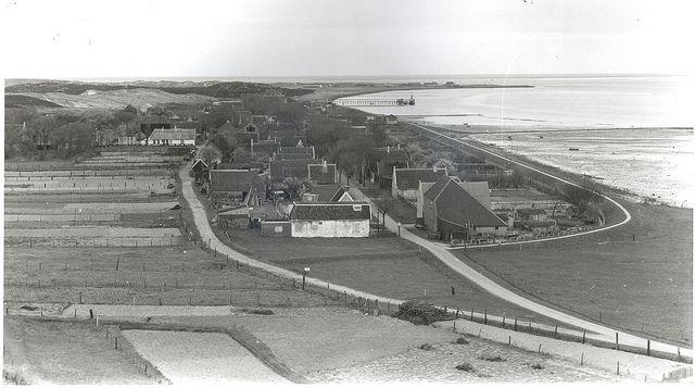 Vlieland - Panorama dorp - 1948   Flickr - Photo Sharing!